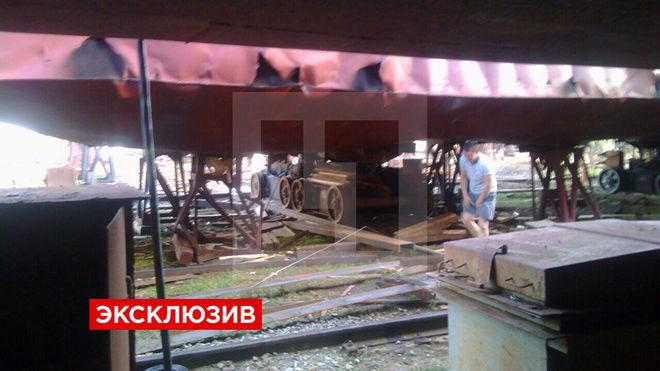 Появились первые фотографии с места взрыва на судоремонтном заводе в Тобольске
