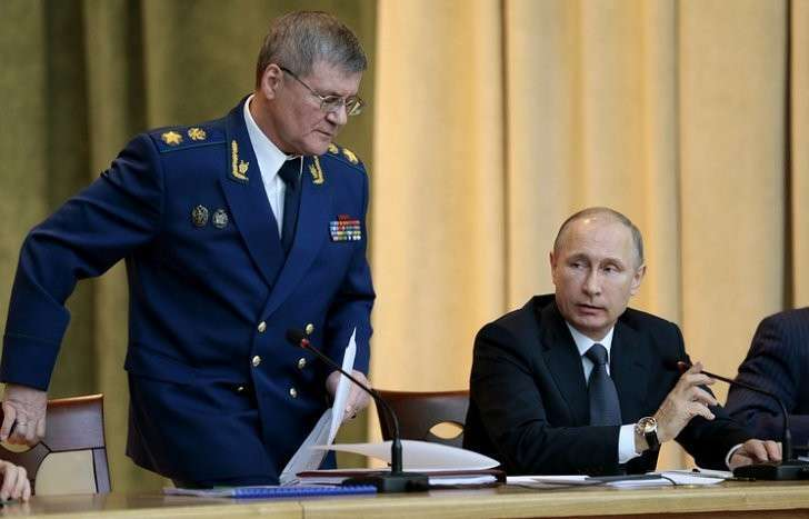 Генеральный прокурор РФ Юрий Чайка и президент России Владимир Путин