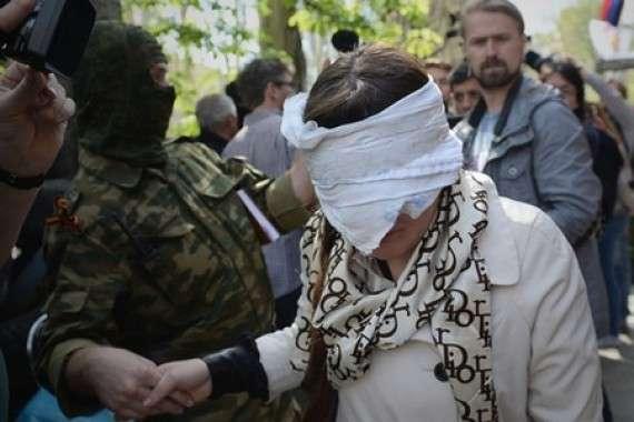 «Меня бил лично Порошенко»: лидер Женской сотни Майдана обвиняет гаранта в зверских пытках