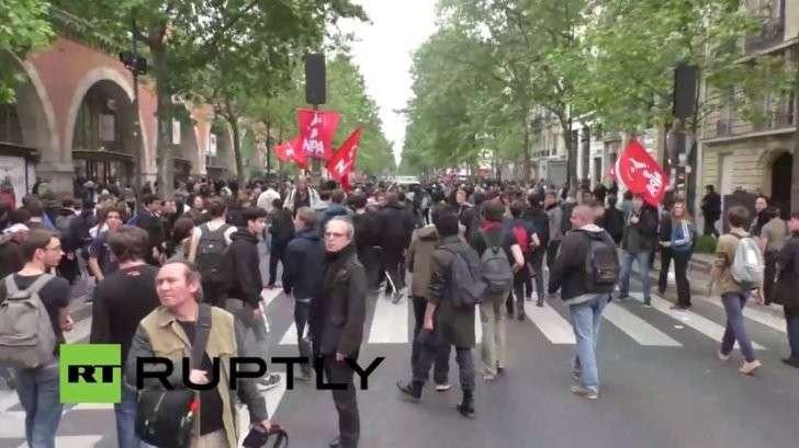 Протесты в Париже из-за реформы трудового законодательства — прямая трансляция