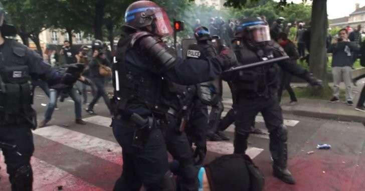 Французы бьются за права