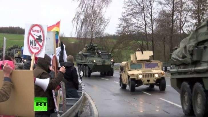 Чехия встретила учения НАТО в Восточной Европе протестами