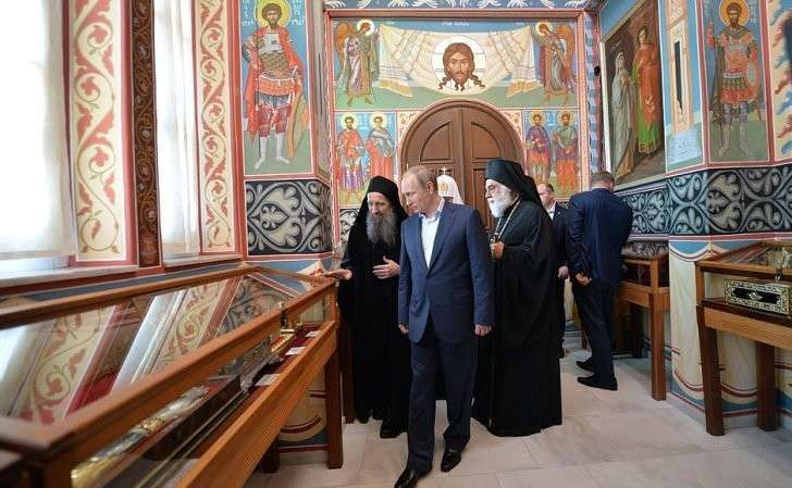 Вовремя посещения Русского наАфоне Свято-Пантелеимонова монастыря.
