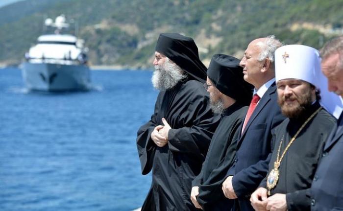 Владимир Путин посетил сегодня святую гору Афон (много фото)