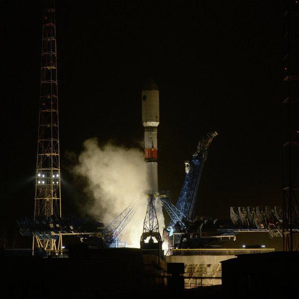 Ракета-носитель Союз-2.1б со спутником Глонасс-М стартовала с Плесецка