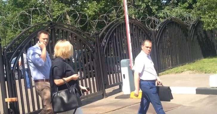 Навального допросили по делу о клевете