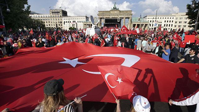 Турция отзывает посла из ФРГ после признания бундестагом геноцида армян
