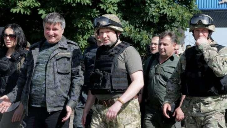В Крыму считают, что Аваков сможет войти в Крым со своей «полицией» только в группе клоунов