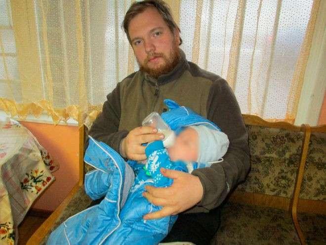 Муж коуча, запретившей нищебродам размножаться, оказался безработным должником