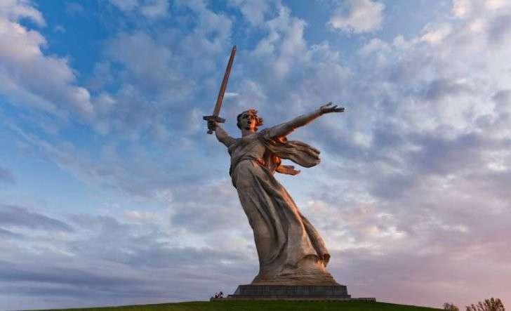 Русский мир и европейская цивилизация (сочинение ученицы 11 класса)