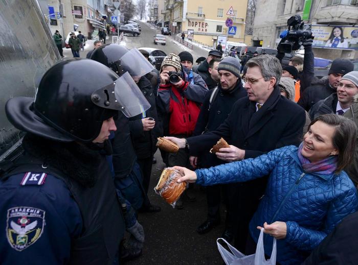 «Доверчивые простофили» будут сожалеть о Майдане до конца жизни
