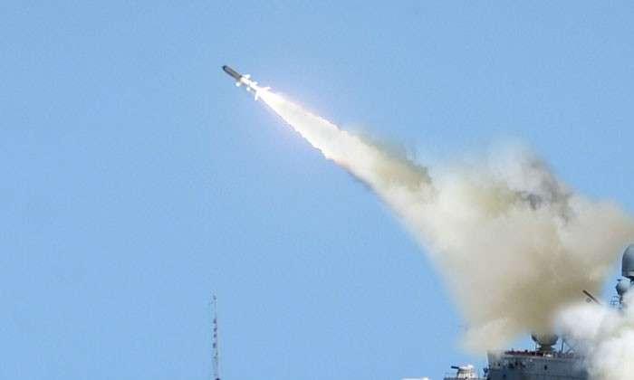 Пентагон успешно сбивает деньги налогоплательщиков. Американская противоракета впервые попала в цель, но настоящим оружием еще долго не станет