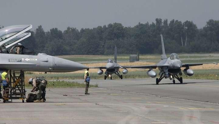 Два F-16 столкнулись в небе над Джорджией