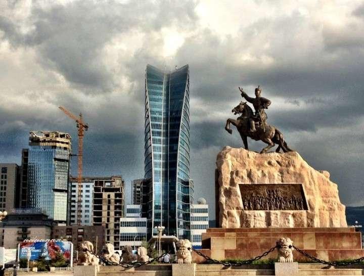 Что искал Джон Керри в Монголии?