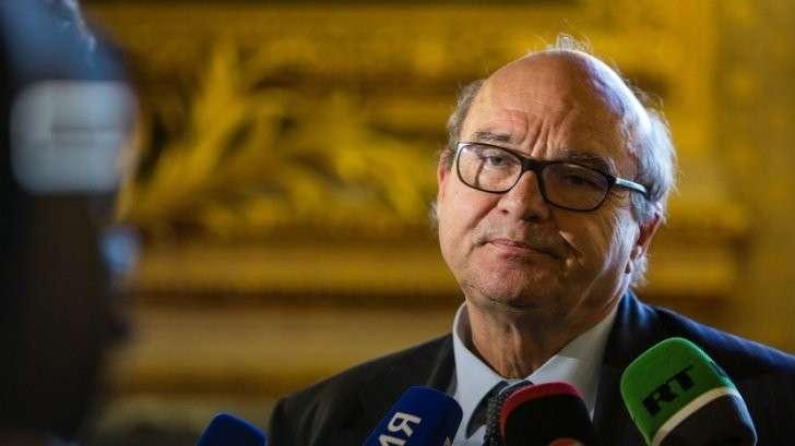 Французский сенатор — RT: Резолюция о смягчении санкций заставит все страны ЕС задуматься