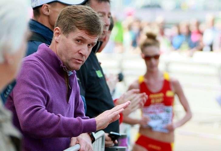 Руководитель саранского центра подготовки по спортивной ходьбе Виктор Чёгин на трассе соревнований по спортивной ходьбе на дистанции 20 км среди женщин на чемпионате Европы по лёгкой атлетике в Цюрихе.
