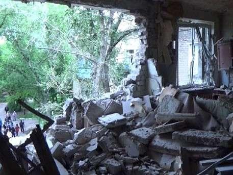 Итоги ночного кошмара в Донецке: чудовищные кадры с места