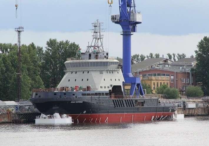 Спущен на воду ледокол «Илья Муромец»