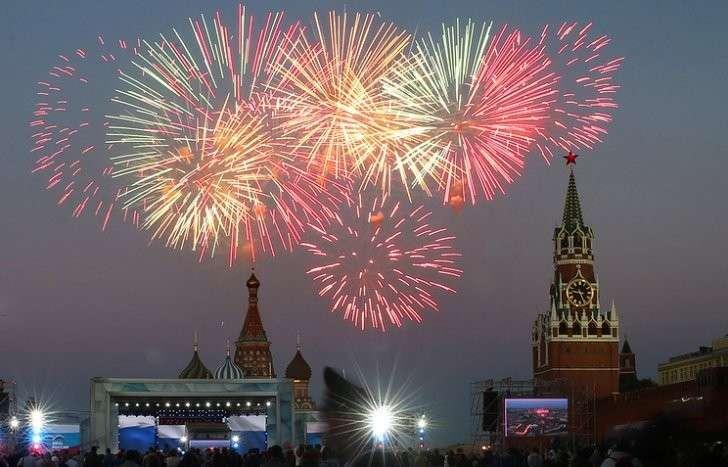 День России в Москве отметят концертами, фестивалями и фейерверками