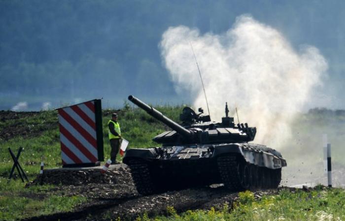 Танкисты ВВО победили в эстафете всеармейского танкового биатлона