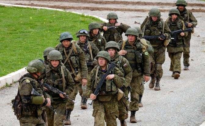 Военослужащие 201-й военной базы России в Таджикистане