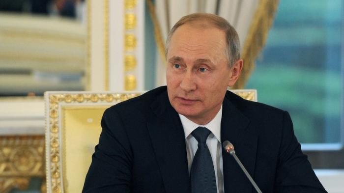 Владимир Путин: Российская экономика выходит на траекторию роста