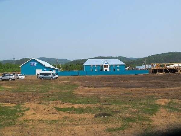 В Бурятии открыт первый из трёх заводов по розливу байкальской воды
