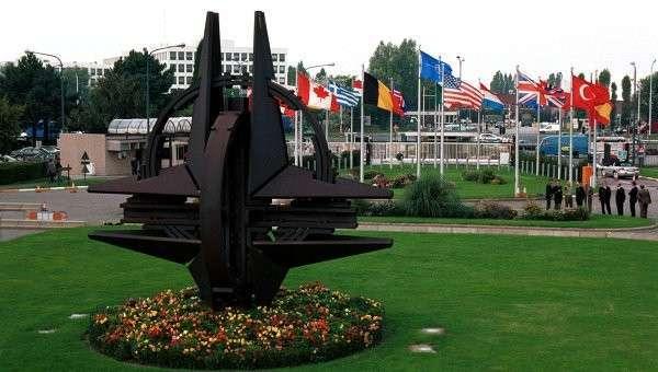 Die Welt: из-за России НАТО стоит на грани раскола