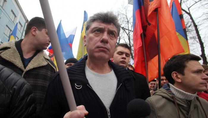 Немцова застрелили из иностранного оружия, собранного кустарно