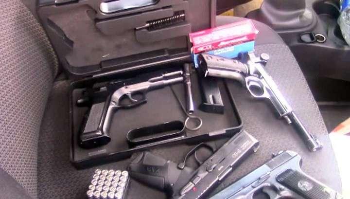 ФСБ задержала 14 чёрных оружейников