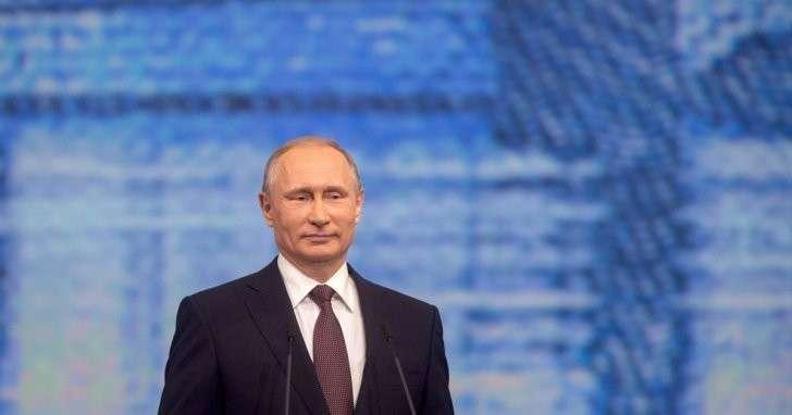 Президент Владимир Путин вызвал всех российских послов в Москву