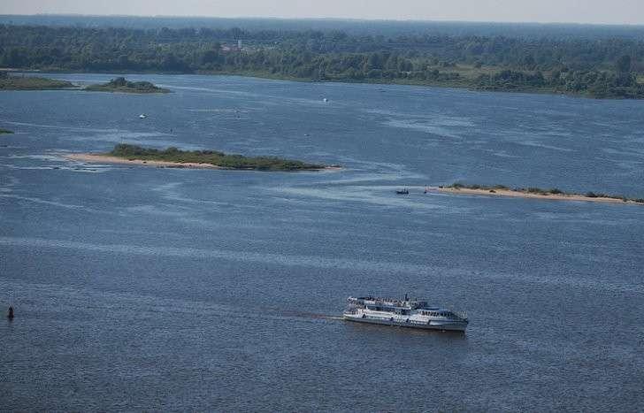 Суда не пройдут: Волга сильно обмелела из-за незаконной добычи песка
