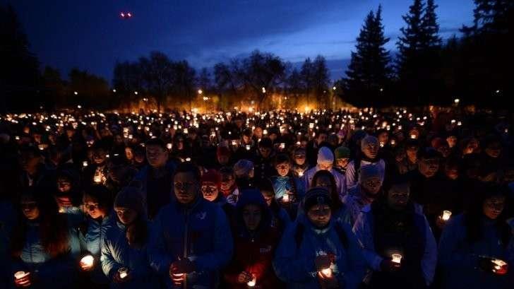 Акция «Свеча памяти» в Москве — прямая трансляция