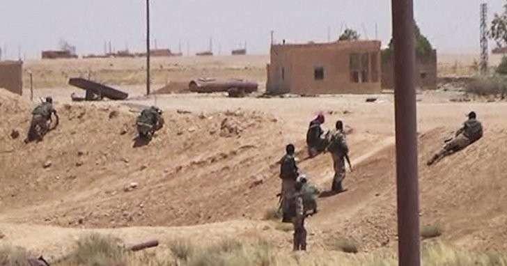 Армия САР блокировала боевиков на военном аэродроме Ат-Табка в Ракке