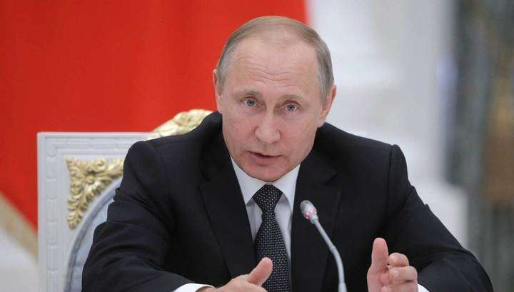 Владимир Путин: страна не может жить только прошлым