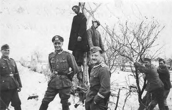 Эти милые, храбрые, несчастные немцы