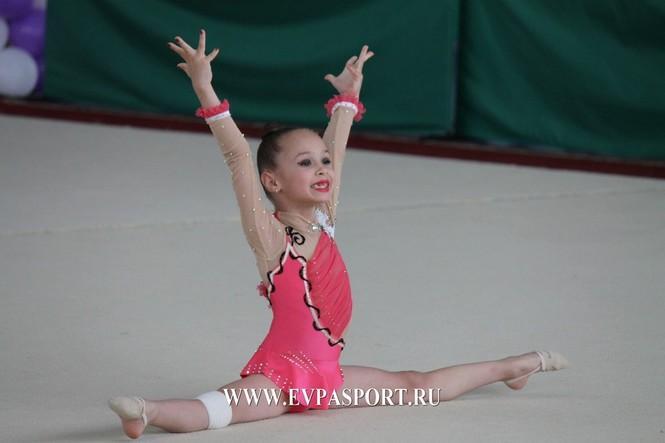 В Евпатории состоялся Турнир по художественной гимнастике