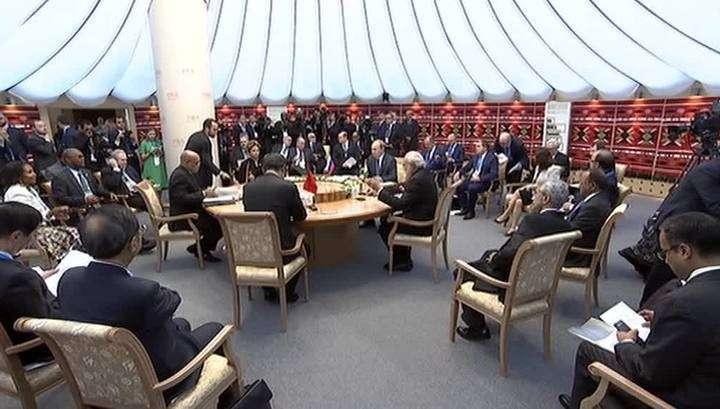 Саммит ШОС: в Ташкенте большая шестёрка может официально стать восьмёркой