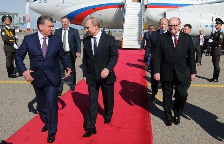 Премьер-министр Узбекистана Шавкат Мирзиеев и президент России Владимир Путин