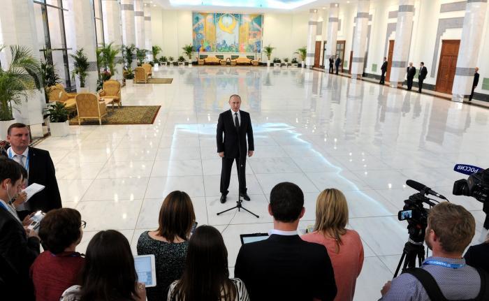 Владимир Путин ответил на вопросы журналистов после саммита ШОС
