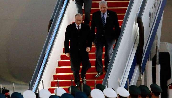 Владимир Путин прибыл в Пекин с официальным визитом