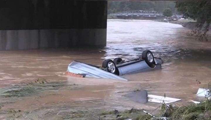 Жертвами наводнения в Западной Вирджинии стали 18 человек