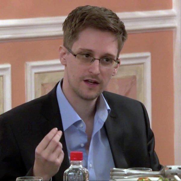 Эдвард Сноуден раскритиковал новые российские антитеррористические законы