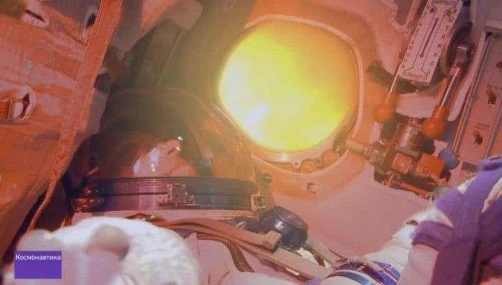 От МКС три часа до Земли