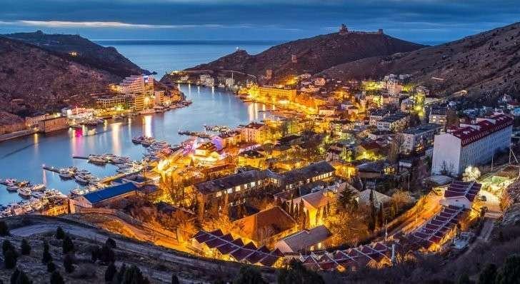 Крым вошёл в пик курортного сезона