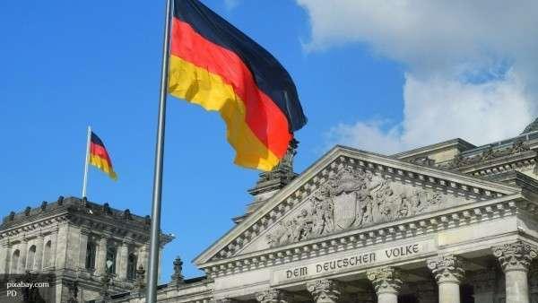 Берлин разочаровался в Киеве и призвал НАТО к диалогу с РФ