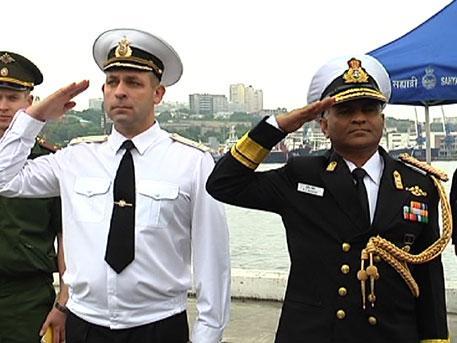 Дружеский визит: корабли ВМС Индии прибыли во Владивосток