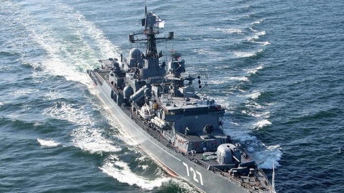 Минобороны РФ: Эсминец ВМС США совершил опасное сближение с «Ярославом Мудрым»