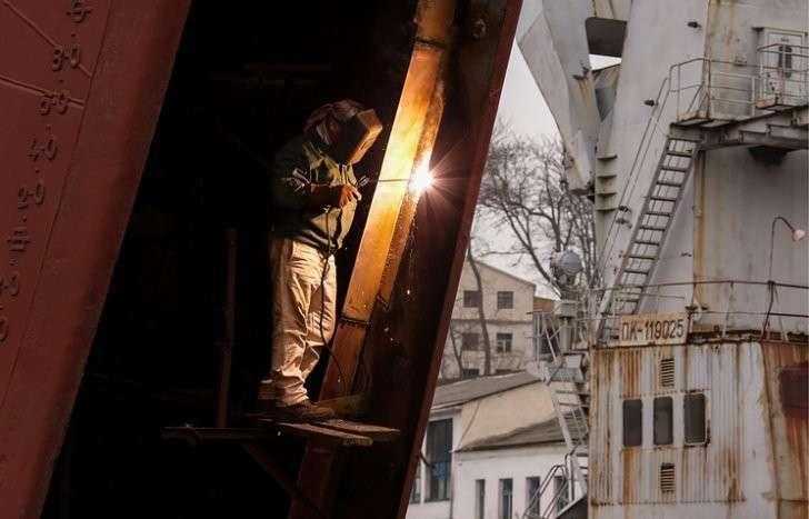 Судоремонтный завод Минобороны в Севастополе загружен полностью