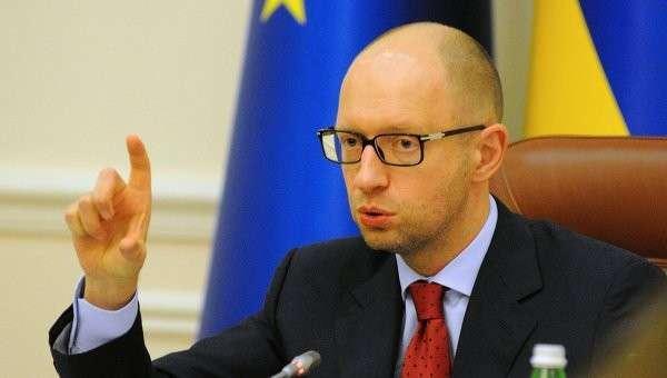Самозванец и выдающийся вор Сеня Яценюк «запретил» лидерам ЕС и США снимать санкции с России